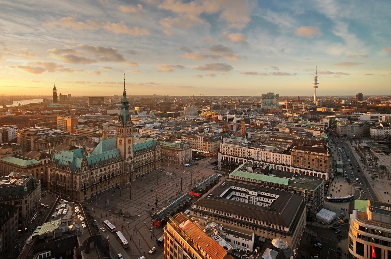 Fahrt Und Hotel In Hamburg